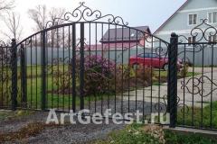 Кованые ворота с колиткой